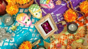 día de muertos altar ofrenda