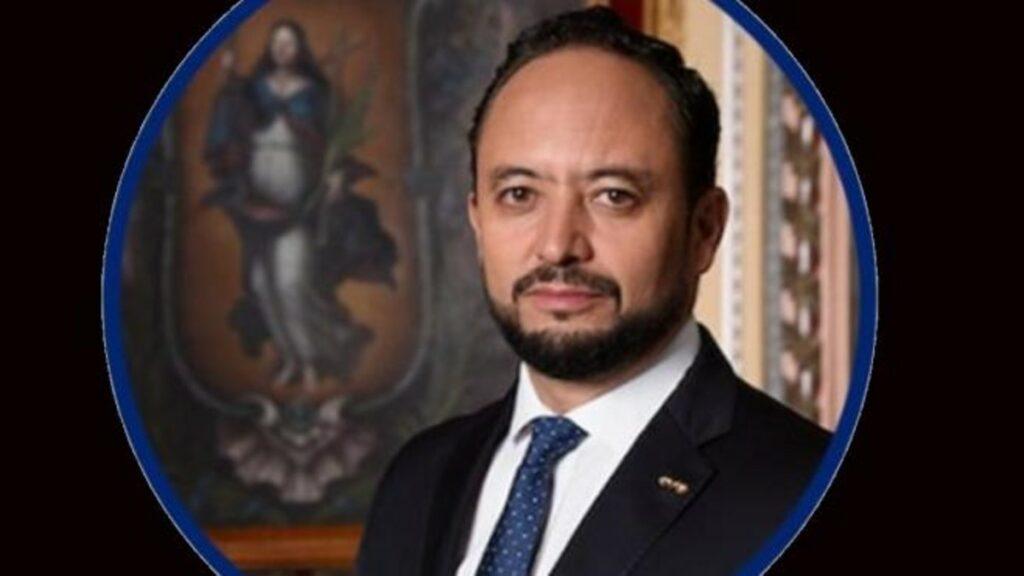 Jorge Enrique Hernández educación Guanajuato