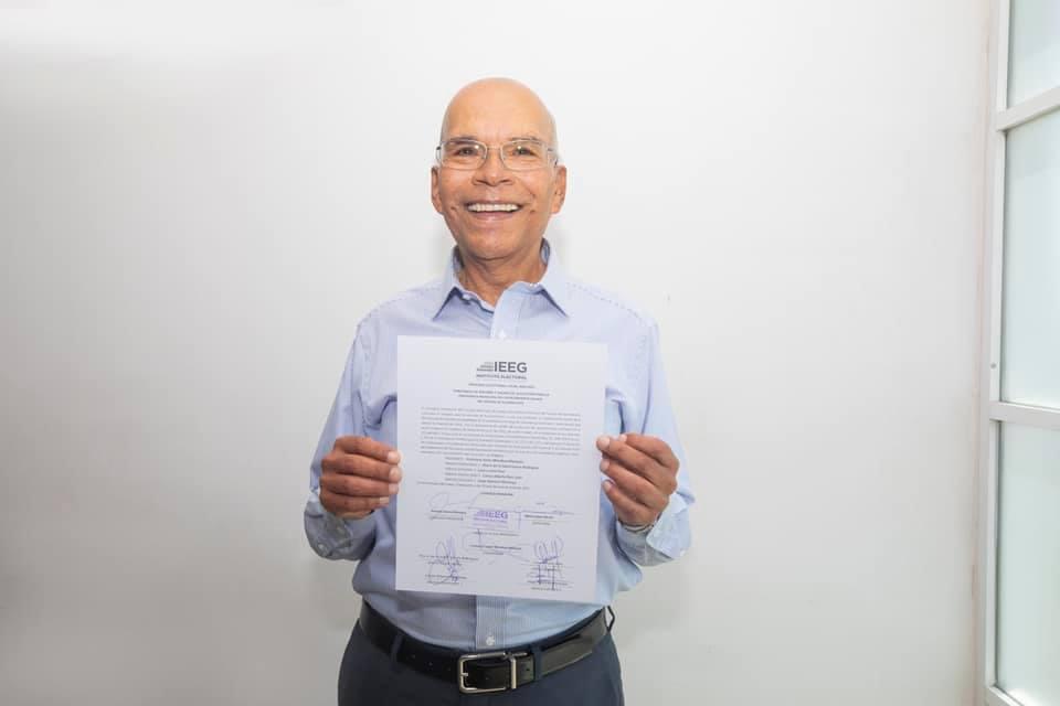 Francisco Javier Mendoza Márquez constancia presidente municipal electo